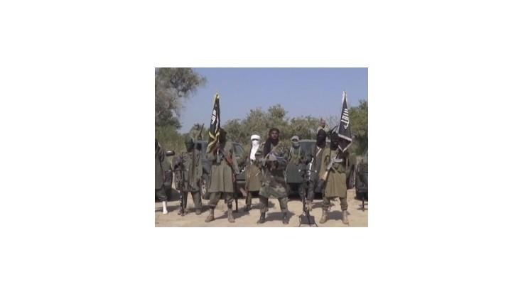 Nigérijskí islamisti vyplienili dedinu, zabili 45 ľudí