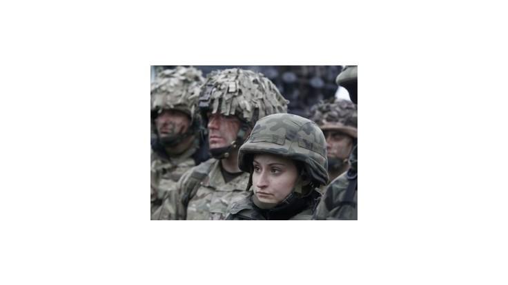 Vyše 1300 britských vojakov sa zapojilo do cvičenia NATO v Poľsku