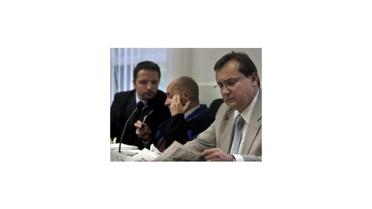 Štát neodškodní klientov nebankoviek, návrh OĽaNO neprešiel