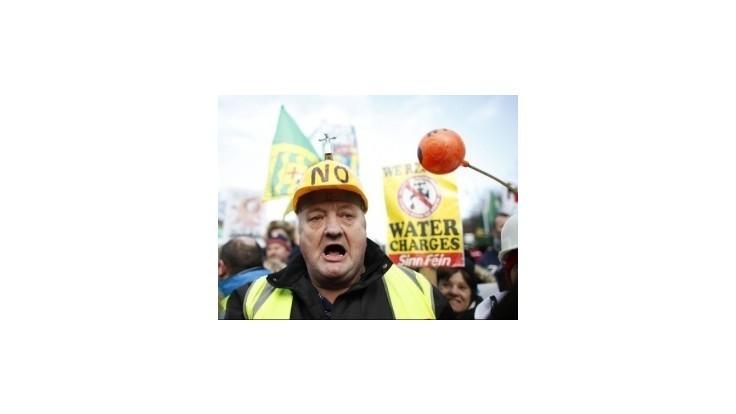 Íri protestovali proti plateniu za vodu