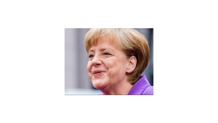 Francúzskym voličom sa páči Merkelová i nemecké reformy
