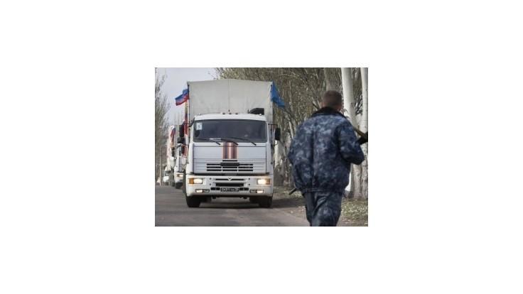 Rusi pošlú Ukrajine konvoj s darčekmi, v poslednom boli podľa Kyjeva žoldnieri