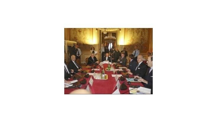 Paríž hľadá podporu pre návrh na ukončenie rokovaní o Palestíne do dvoch rokov