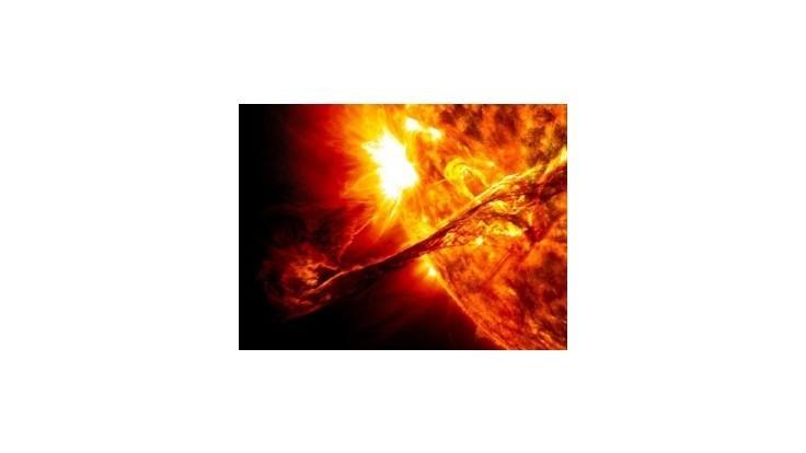 Pozrite si pulzujúce Slnko zblízka a vo vysokom rozlíšení