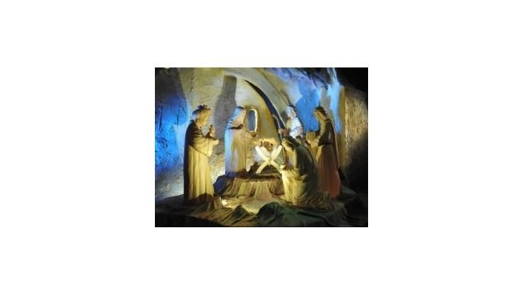 Kresťania na Slovensku i vo svete dnes slávia sviatok Narodenia Pána