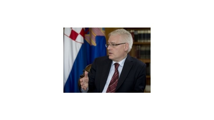 Podľa odhadov bude výsledok prezidentských volieb v Chorvátsku tesný