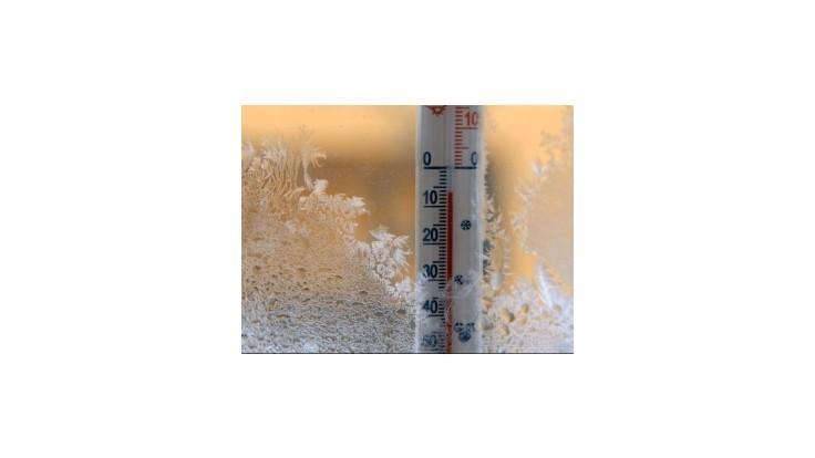 Zima udrie naplno, teplota môže klesnúť na -24 stupňov