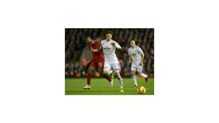 Škrtelov Liverpool si poradil so Swansea City