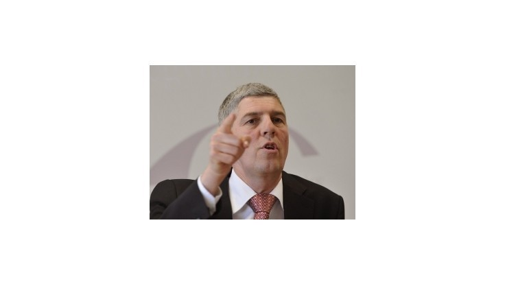 Bugár označil kampaň SMK proti jeho strane za špinavú