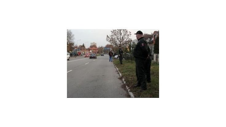Kaliňák chce pre policajtov uniformy s trojnásobnou životnosťou