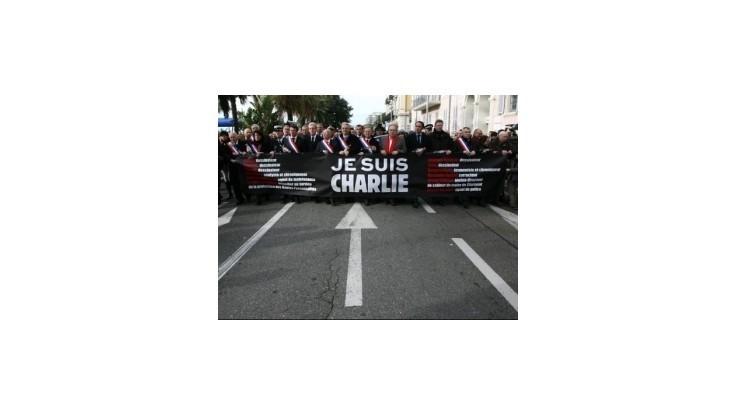 Francúzi si uctili pamiatku obetí útokov v Paríži