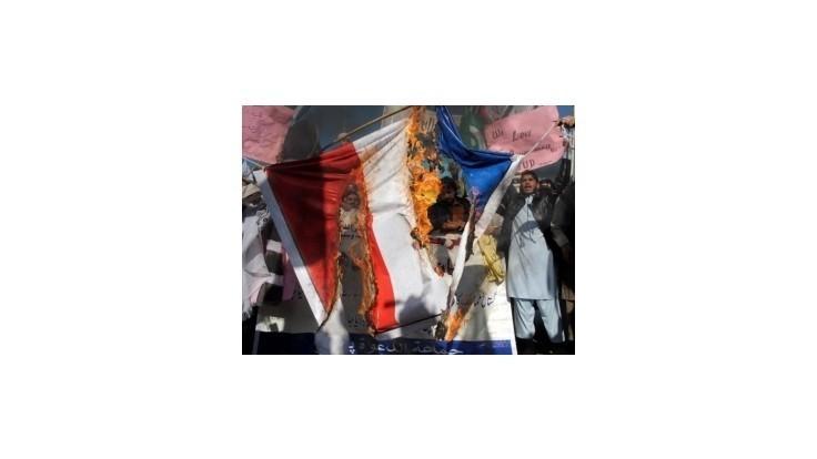 Protest proti Charlie Hebdo v Nigerii potlačili slzotvorným plynom