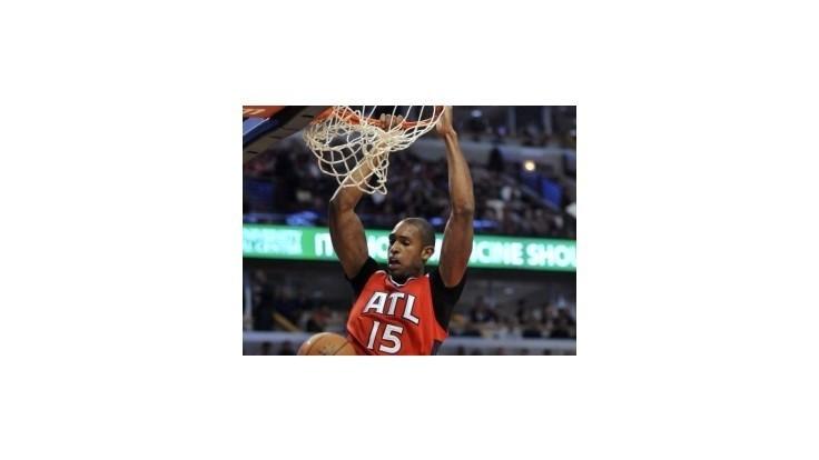 Atlanta vyhrala 12. zápas za sebou, v Charlotte sa predlžovalo