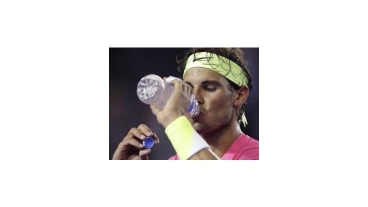 Federer pustil set, Nadal dva, Šarapovová ďalej cez mečbaly
