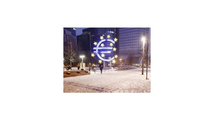 Euro reagovalo na grécke voľby prepadom na dlhoročné minimum