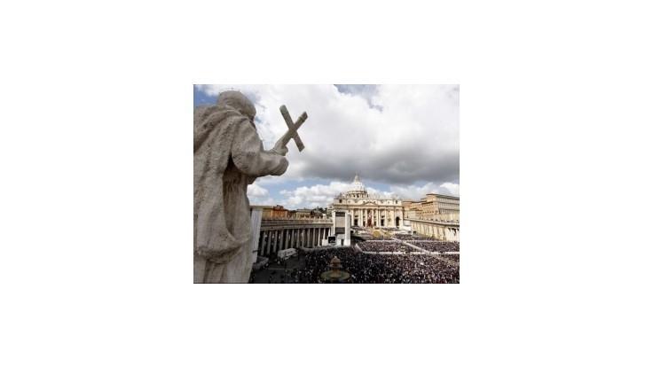 Vo Vatikáne vyšetrujú dva prípady prechovávania detskej pornografie