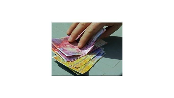 Posilnenie švajčiarskeho franku ohrozuje splácanie rakúskych hypoték
