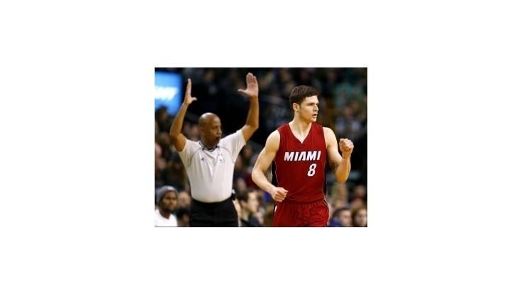 Víťazstvo Miami v Bostone, New York zdolal LA Lakers