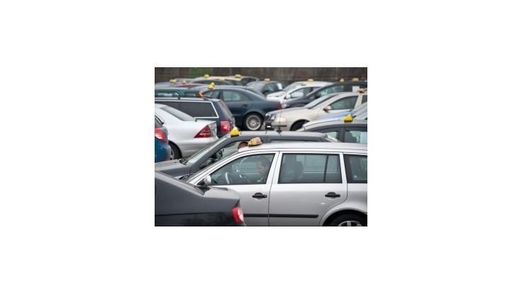 Taxikárom ubudnú povinnosti pri vydávaní potvrdení cestujúcim