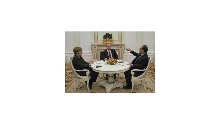Pre Ukrajinu sa stretli Merkelová, Hollande a Putin