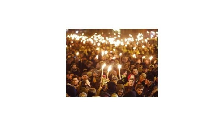 Hold obetiam terorizmu vzdalo v Kodani okolo 40.000 ľudí