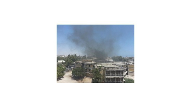 Islamisti al-Šabábu zaútočili na hotel plný politikov