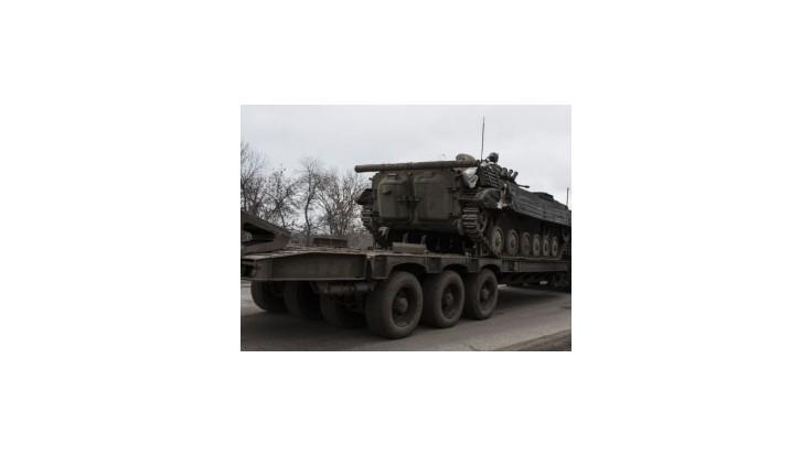 Separatisti oznámili ukončenie odsunu ťažkých zbraní