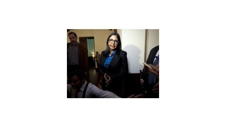 Venezuela dala USA ultimátum, na ambasáde môže zostať len zopár ľudí