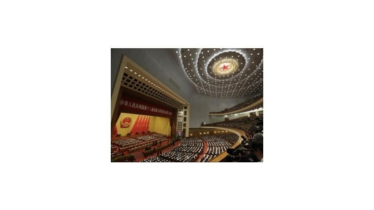 V Pekingu prebieha výročné zasadnutie čínskeho parlamentu