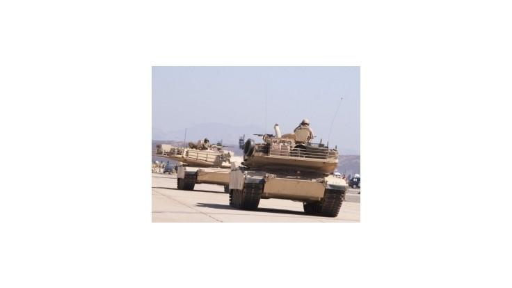 Američania posilňujú obranyschopnosť Pobaltia, do Lotyšska poslali tanky