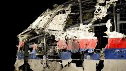 Boeing nad Ukrajinou zostrelila raketa z východu, potvrdila správa expertov