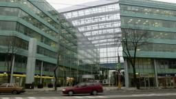 Poslanci žiadajú audit stavieb s narušenou statikou, ktoré posudzoval Tomčáni