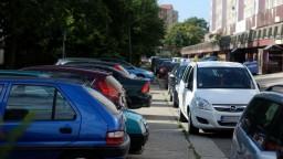 Nové parkovanie je pochované, Petržalčania podľa Bajana prehrali
