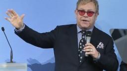 Elton John sa pripravuje na stretnutie s Vladimirom Putinom