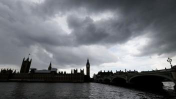 ONLINE: Briti volajú po novom referende, podpisov pod petíciou pribúda