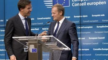 ONLINE: Brusel pripomína Británii slobodný pohyb osôb