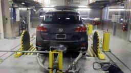 Volkswagenom otriasa emisný škandál, prokurátori žiadajú pokutu