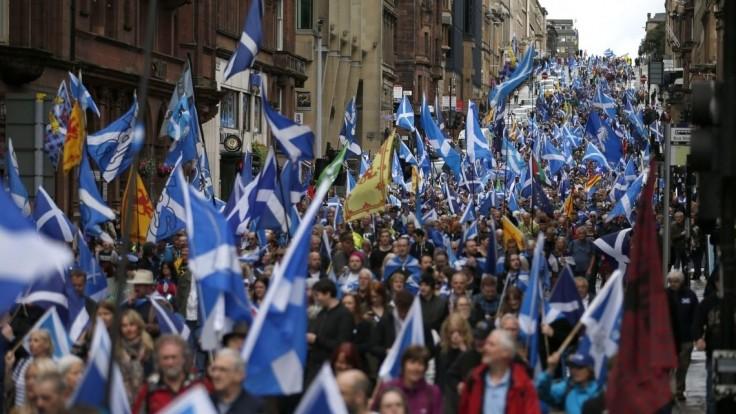Škóti chcú nezávislosť, demonštrovali prvýkrát od Brexitu