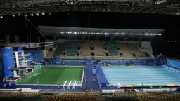 Voda v olympijskom bazéne prekvapila skokanov, báli sa o zdravie