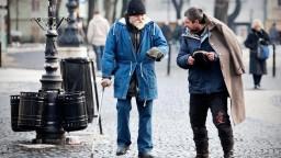 Prešov na oprave chodníka výrazne ušetril, zamestnal bezdomovcov