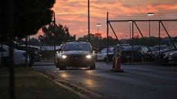Na letisku v Oklahome sa strieľalo, zahynul najmenej jeden človek