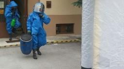 V obálkach bol rádioaktívny materiál, prípad vyšetrujú ako terorizmus