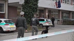 Polícia prehľadávala budovy súdov, nahlásenú bombu však nenašla