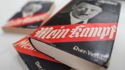 Mein Kampf sa ocitol v zoznamoch najobľúbenejších kníh stredoškolákov