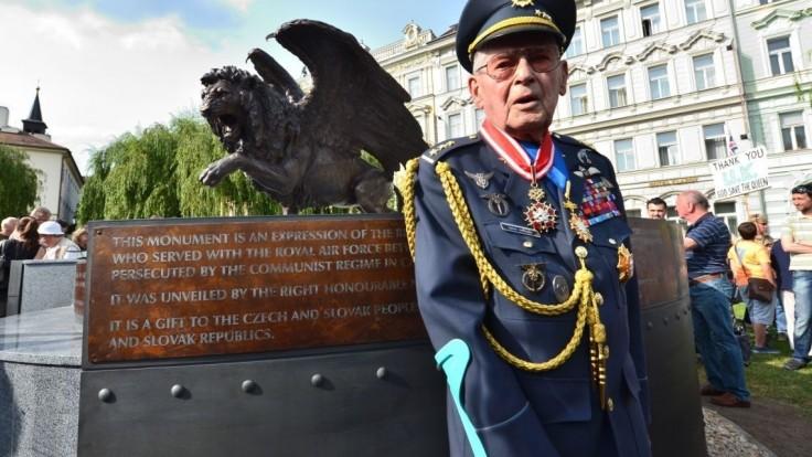 Zomrel vojnový hrdina Imrich Gablech. Prežil letecké súboje aj gulag