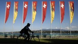 Švajčiari sťažili cudzincom prístup na ich pracovný trh