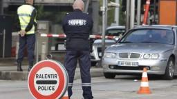 Politici vyzvali Úniu na zrušenie voľného pohybu osôb v rámci Schengenu