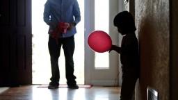 Dieťa ako nástroj vydierania? Psychológ varuje pred vážnymi dôsledkami