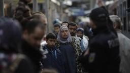 Do Nemecka prichádza menej migrantov, vlani ich počet klesol o tretinu