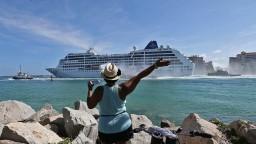 USA už nebudú udeľovať trvalý pobyt Kubáncom, ktorí prídu bez víz